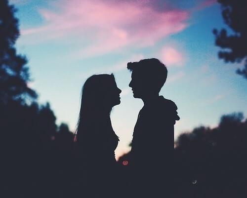 Cự Giải và Cự Giải|Tình yêu không lời liệu có bền lâu?