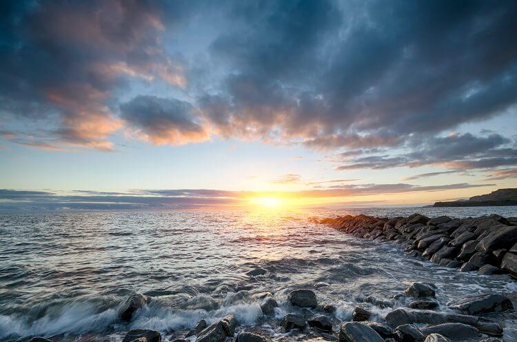 Nước kiên định - Bọ Cạp kiên định trong vấn đề cảm xúc
