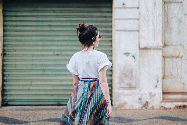 Phong cách thời trang nữ Cự Giải nữ tính và thoải mái